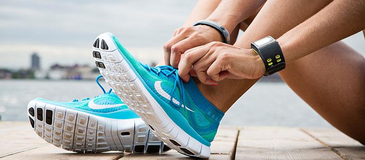 441b9390 Евгений обращает внимание: даже практичная и удобная обувь быстро придет в  негодность, если за ней не ухаживать. Любые кроссовки – для бега, ...