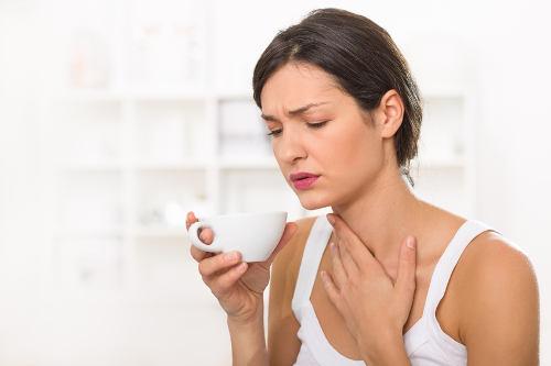 киста на миндалине в горле